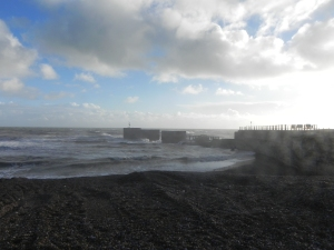 Sea on Christmas Day in Hastings 2012